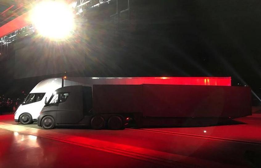 Budweiser Maker Anheuser-Busch Reserves 40 Tesla Electric Trucks