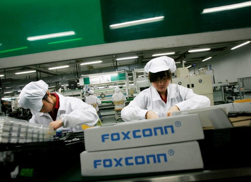 Google Brain co-founder teams with Foxconn to bring AI to factories