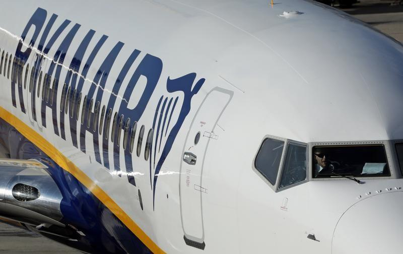 Ryanair to recognize unions in historic shift to stop strike