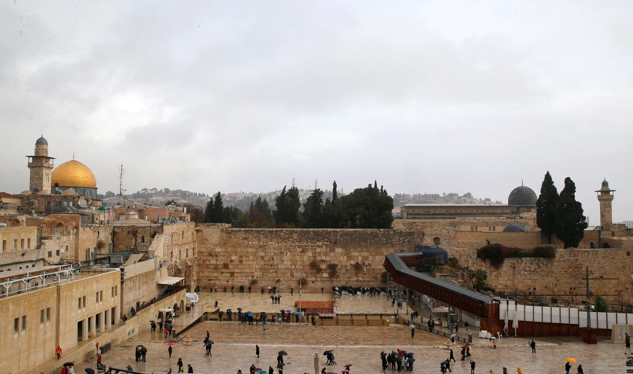 האנדורעס און פאנאמע וועלן אויך אריבערפירן זייערע אמבאסאדעס קיין ירושלים