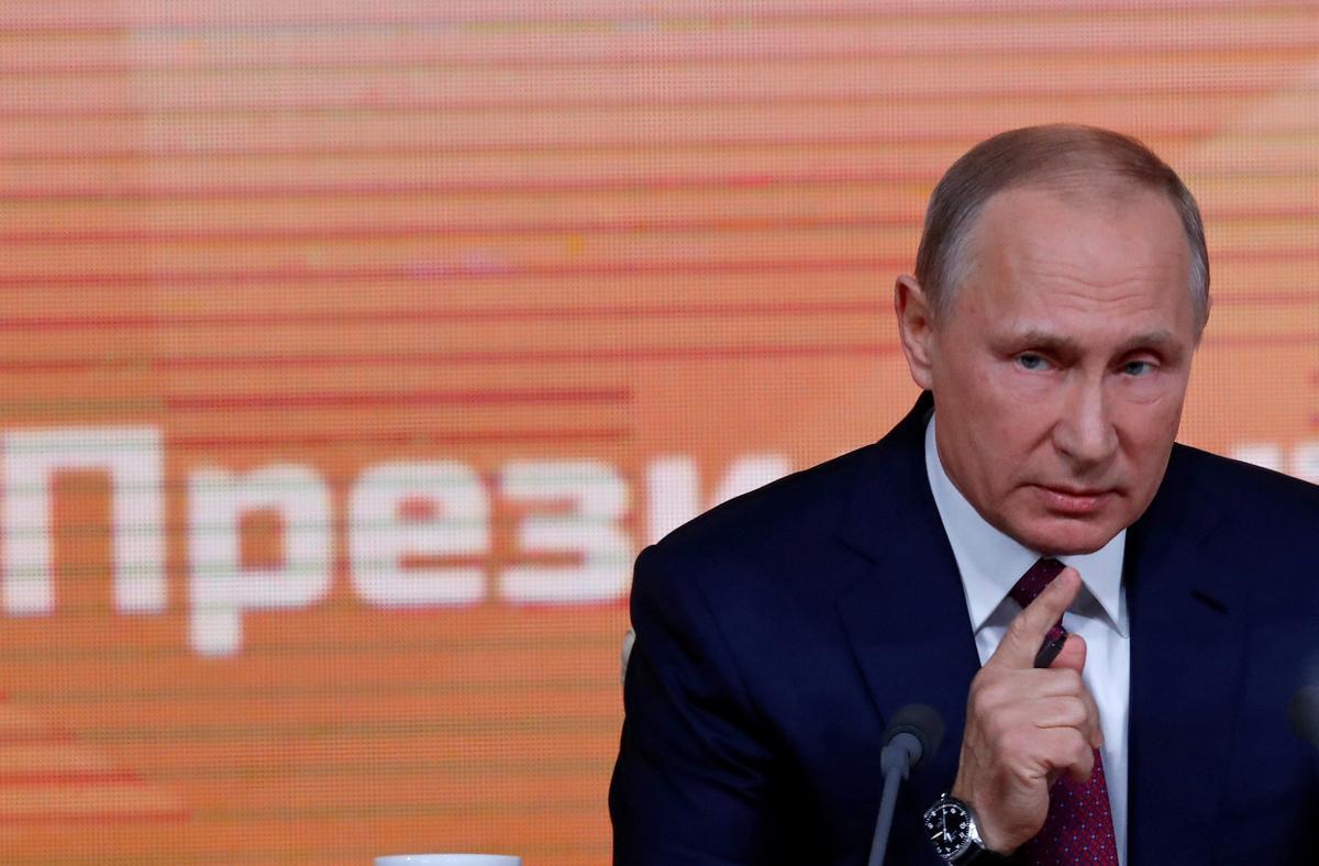 1d3dcfba8170 モスクワ 25日 ロイター] - ロシアのプーチン大統領は25日、来年の大統領選挙中に「一部企業」のネット上の言動を注視し、国内政治にどのような影響を及ぼして  ...
