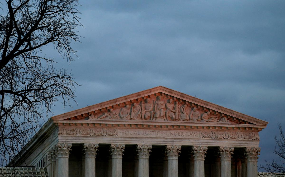 photo image Supreme Court takes up fight over Texas electoral districts