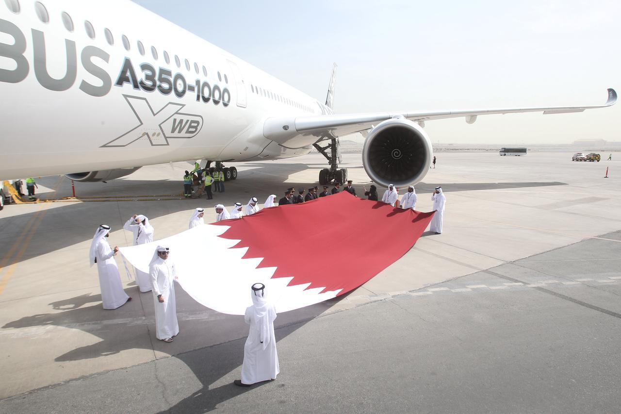 Resultado de imagen para Qatar Airways A350-1000 png