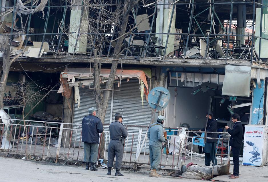 """Résultat de recherche d'images pour """"Afghan capital in shock after ambulance bomb kills over 100"""""""