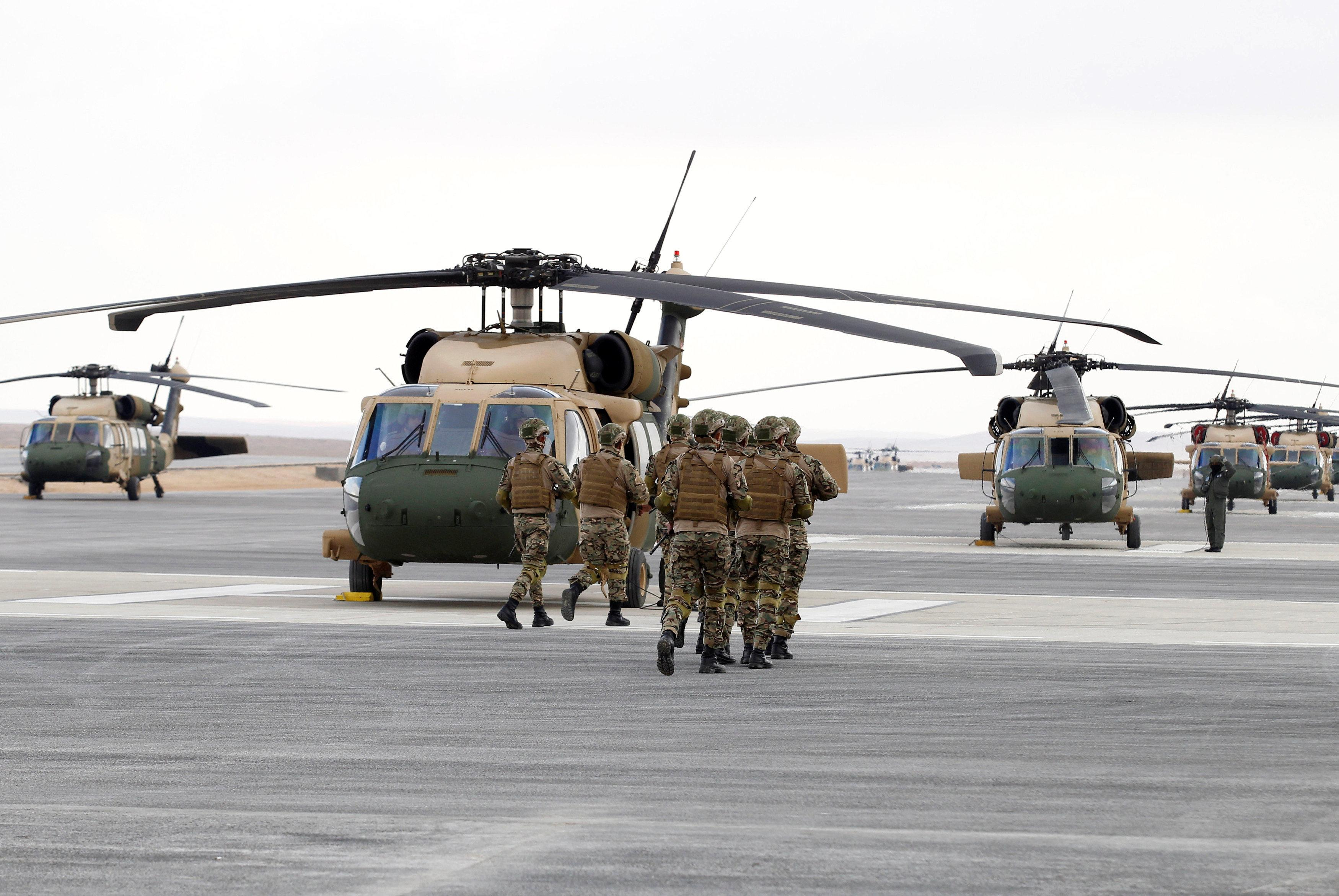 U S  delivers helicopters to bolster Jordan's border defenses - Reuters