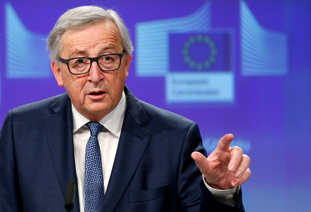 Defying Macron, Juncker says sees no transnational lists for 2019 EU elections