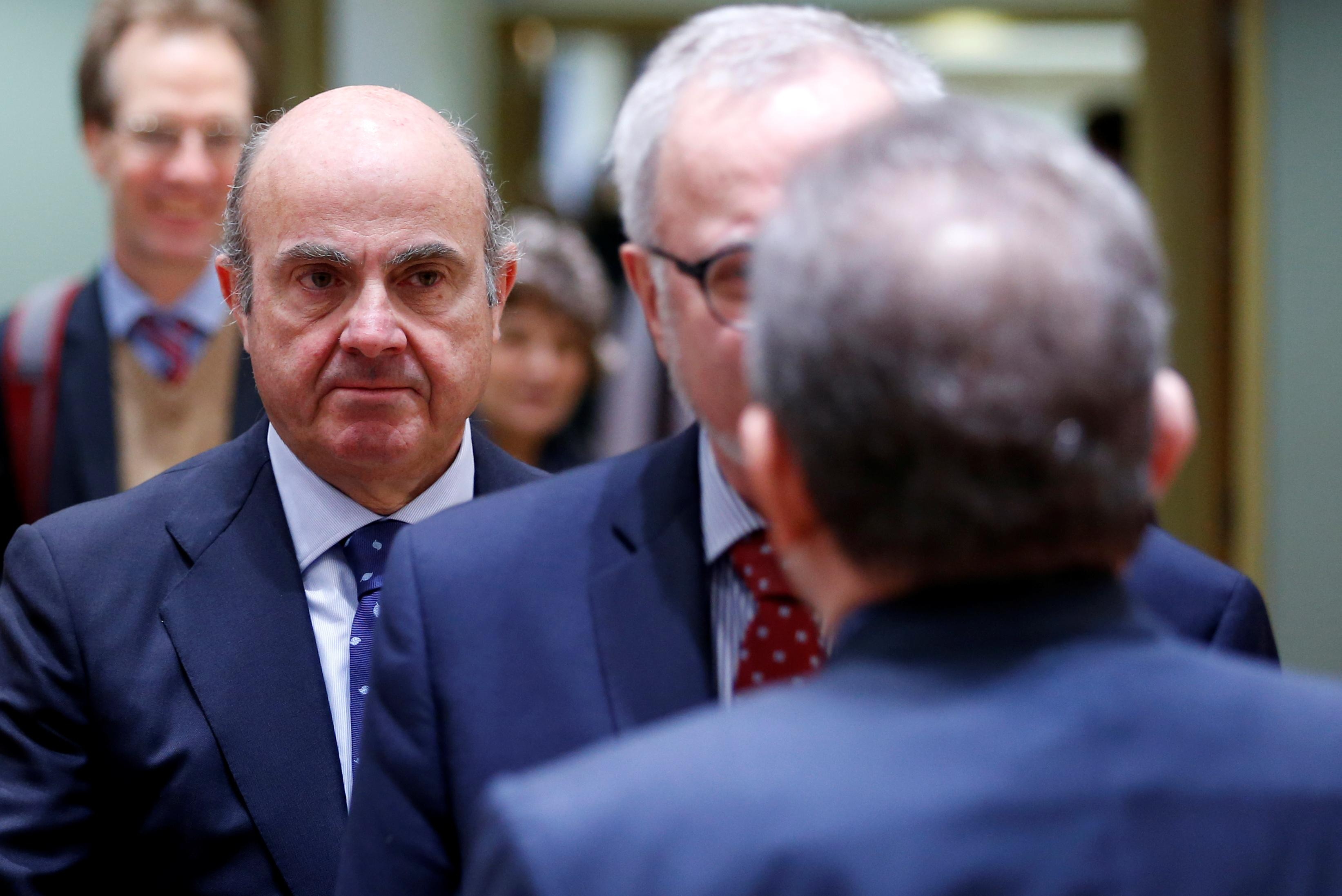 More Banker Than Politician De Guindos Faces Ecb Litmus Test Reuters