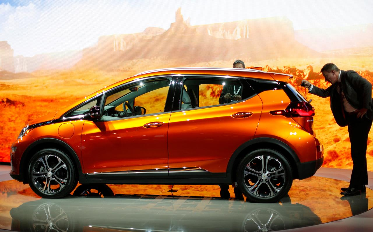Chevrolet Bolt Wins Top Green Car From Consumer Reports