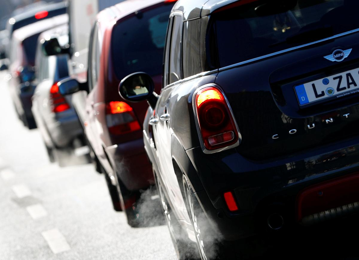 diesel cars can be banned from german cities court rules