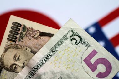 Illustration photo of U.S. Dollar and Japan Yen notes