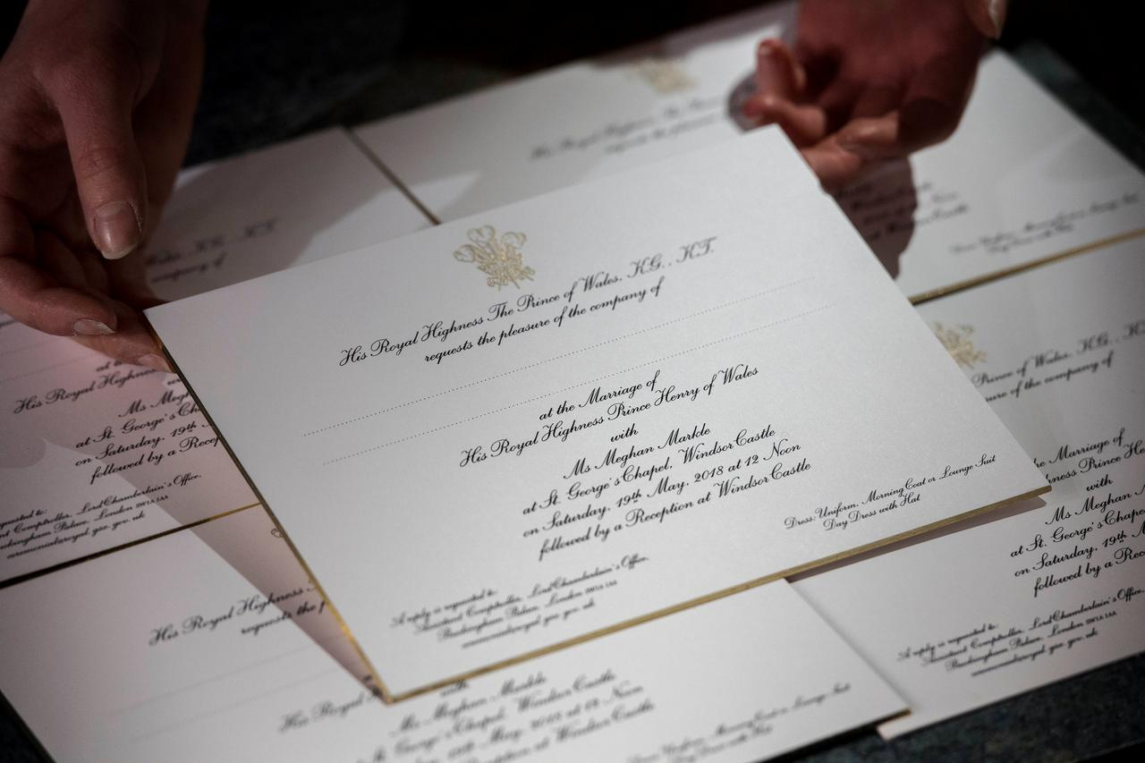 UK\'s Prince Harry and fiancee Meghan invite 600 guests to wedding ...