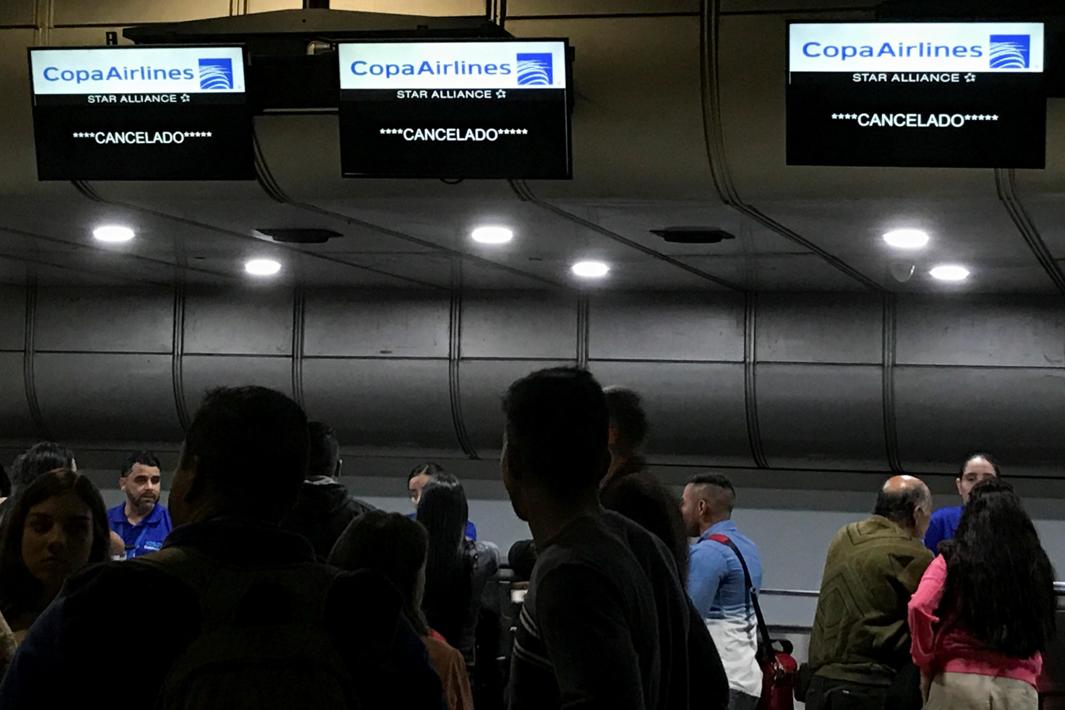 Venezuela hurts its own with Copa airline suspension: Panama's Varela