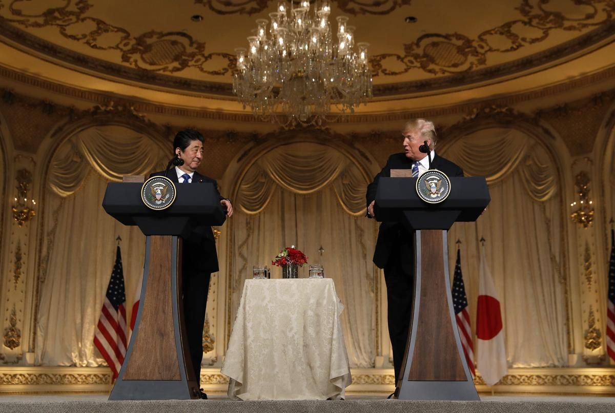 Hasil gambar untuk Trump, Japan's Abe agree to intensify trade talks