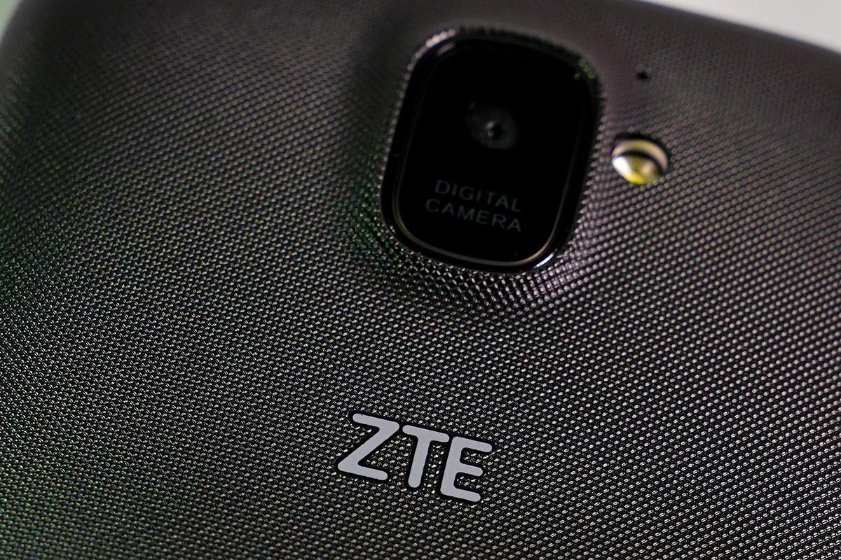 China raises ZTE sanctions with visiting U.S. trade delegation
