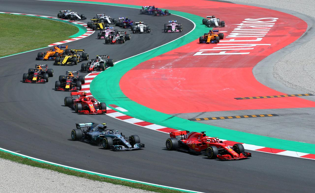 Apologies flow after troubled launch of F1 streaming service