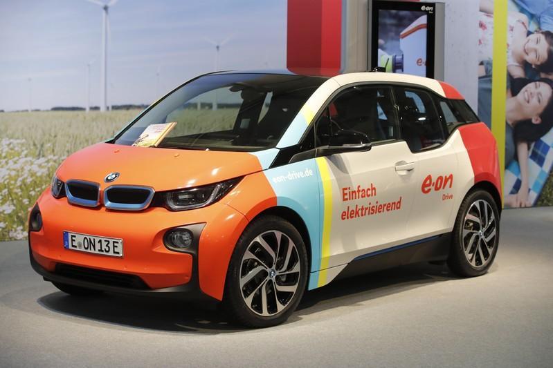 BMW will 2018 Entwurf für teilautonomes E-Auto zeigen | Reuters