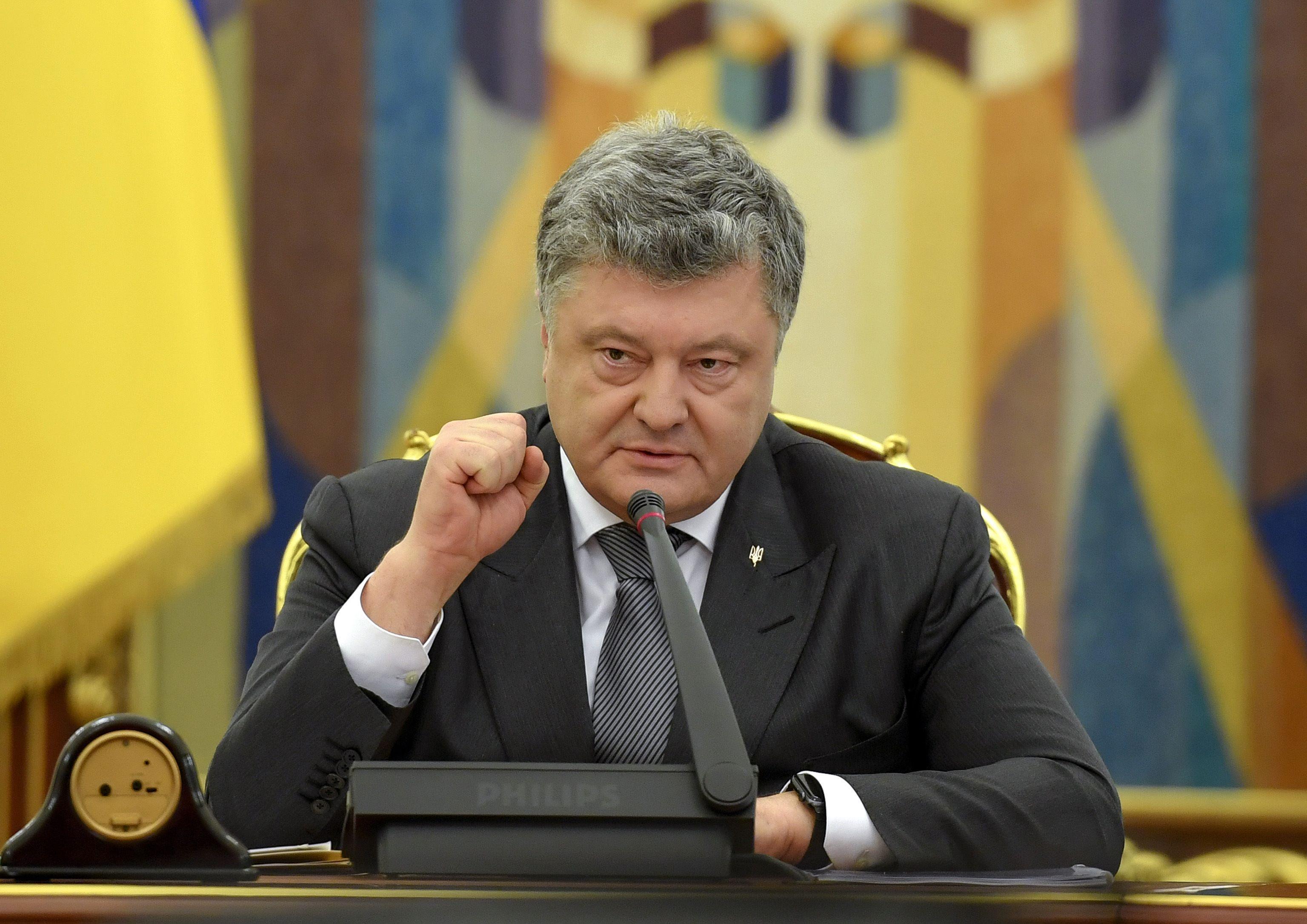 El presidente de Ucrania dice que protegerá a un periodista ruso después del complot