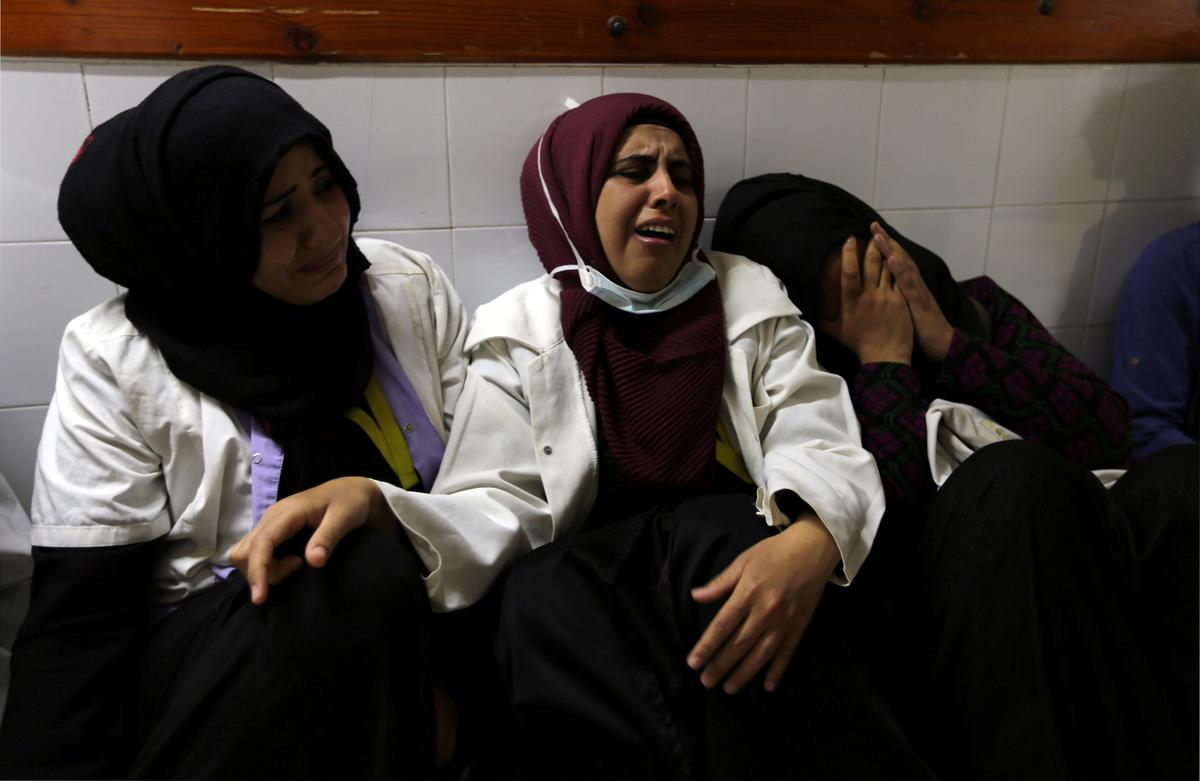 Israeli army kills Palestinian nurse in Gaza border protest: medics