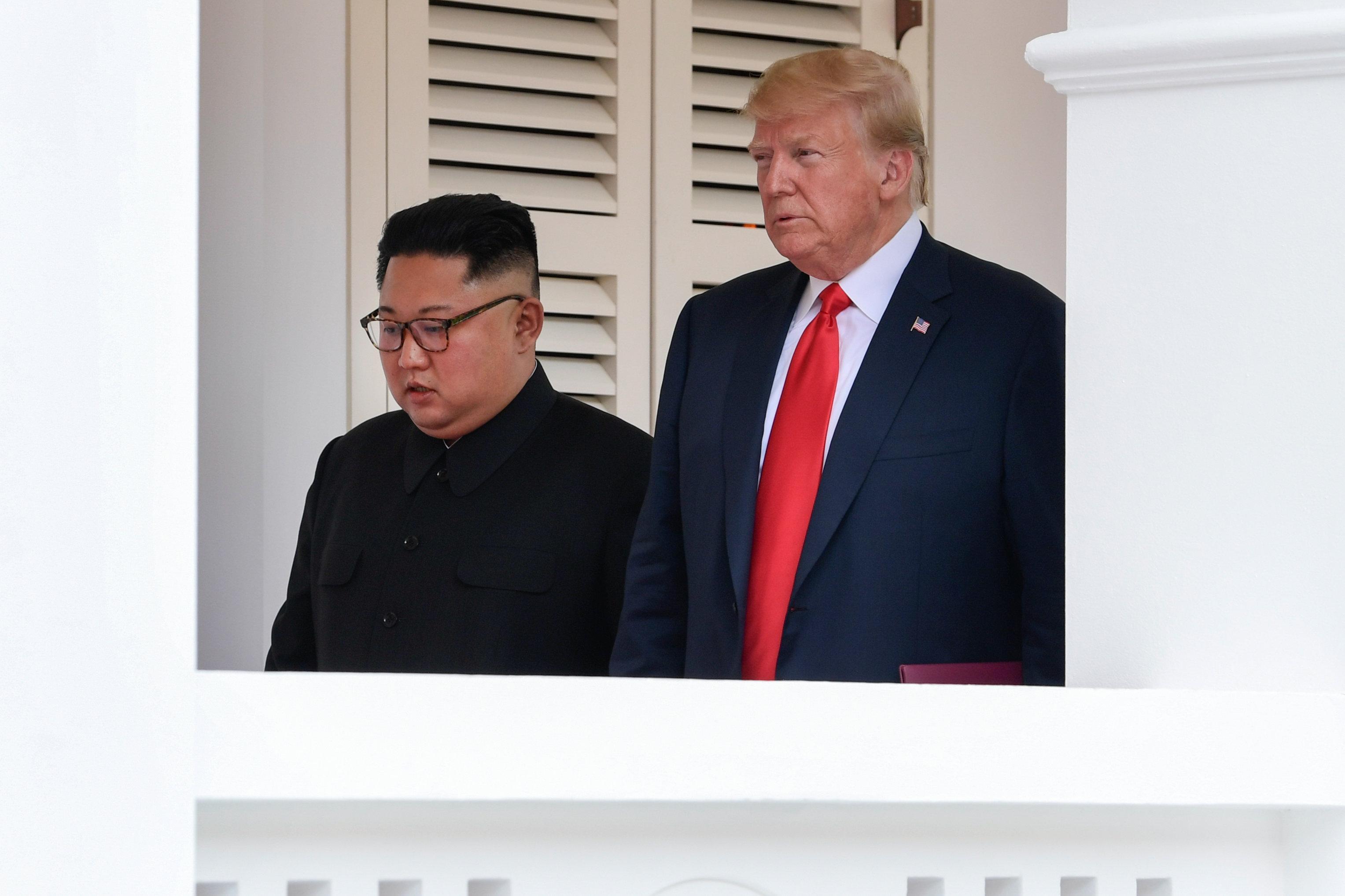Οι Νοτιοκορεάτες σταματούν για μια ματιά στη σύνοδο κορυφής ΗΠΑ-Βόρειας Κορέας