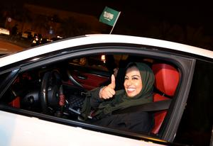 Saudi women hit the road