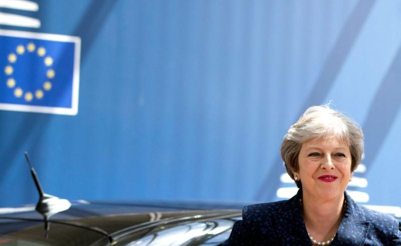 May wants future customs relationship with EU by end of 2020