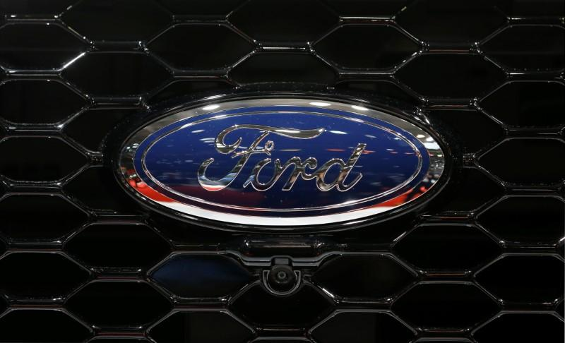 Auto Airbag Settlement >> Ford Agrees To 299 1 Million U S Takata Air Bag Settlement Reuters