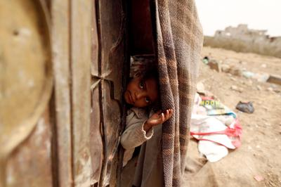 Displaced Yemenis struggle to survive
