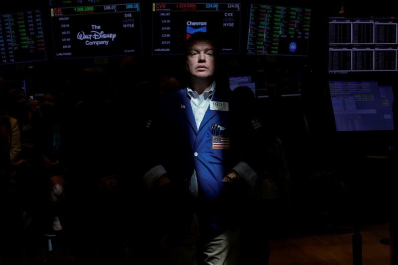 Wall Street traders set for best year since aftermath of crisis | Reuters