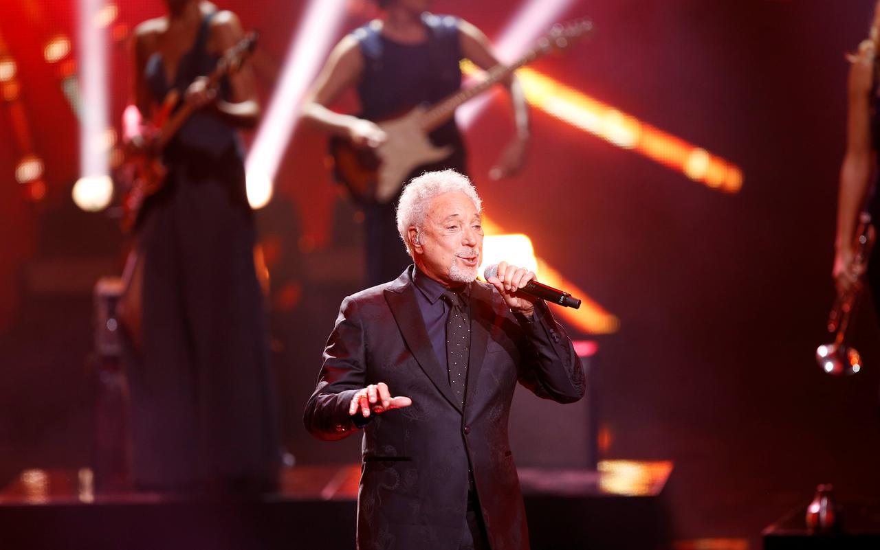 Singer Tom Jones, 78, cancels UK shows due to bacterial