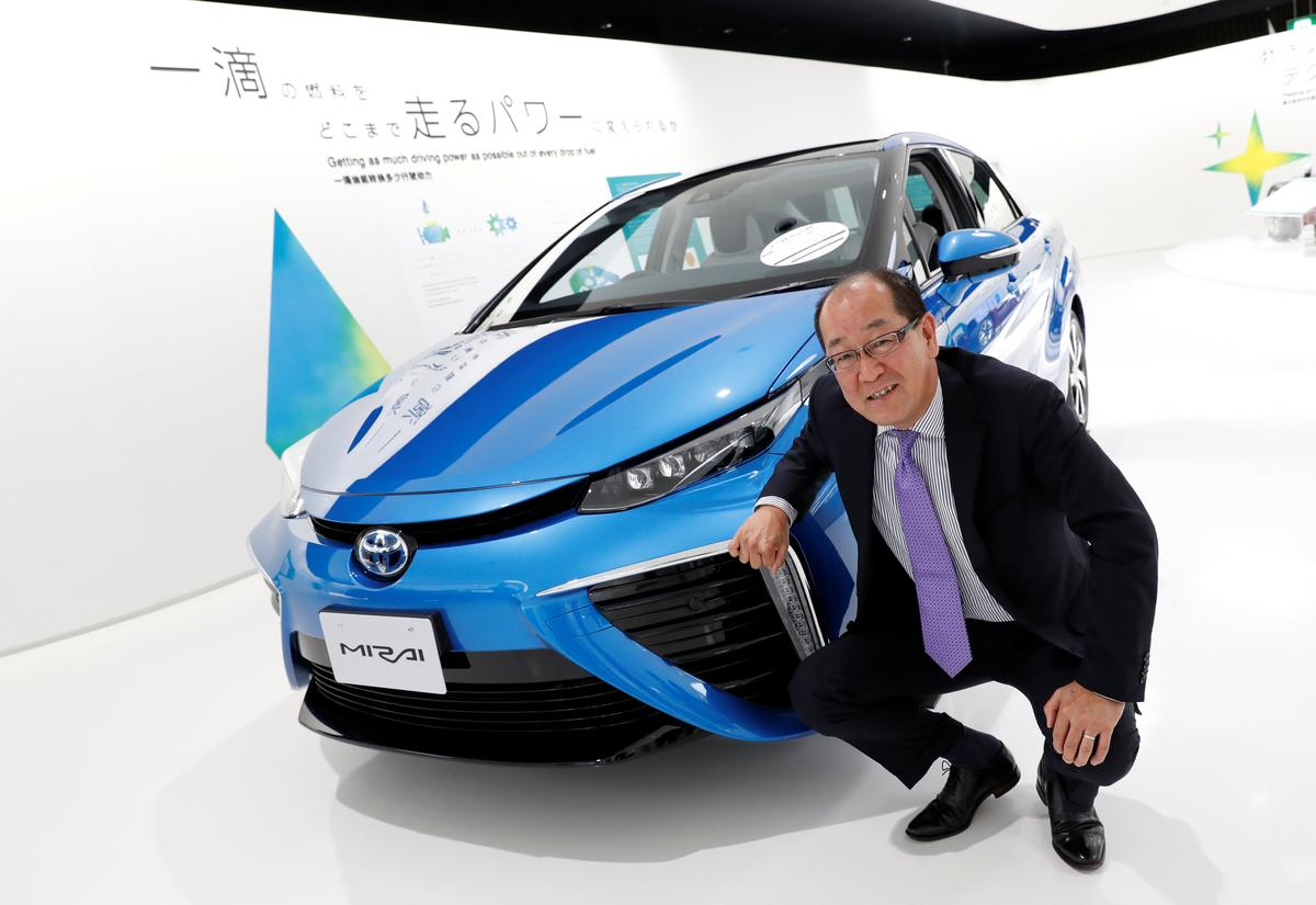 Toyota Plans To Expand Production Shrink Cost Of Hydrogen Fuel Cell Vehicles Reuters