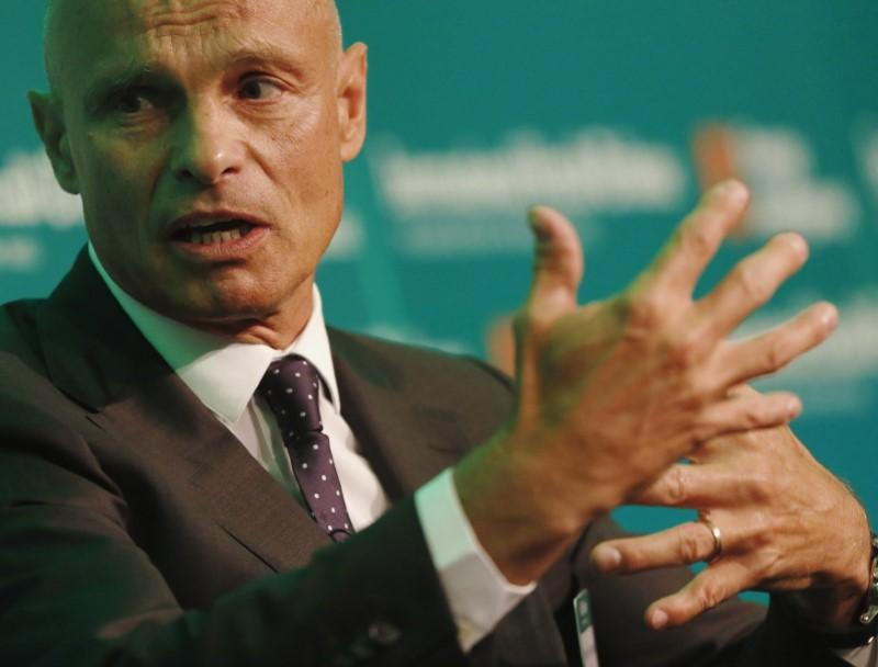 Energy trader Gunvor to open London trading office, closes Bahamas