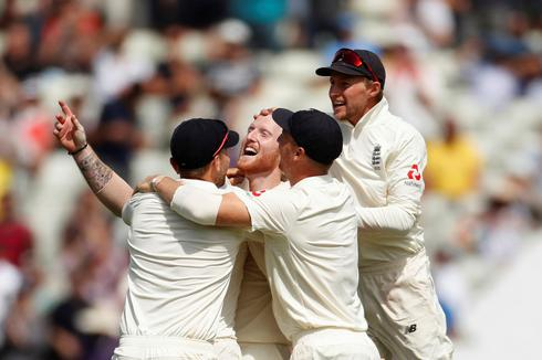 England beat India in first test