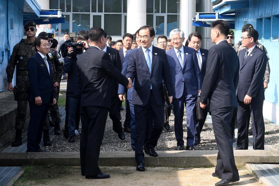 Kết quả hình ảnh cho Cộng hòa Dân chủ Nhân dân Triều Tiên