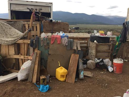 Off-the-grid nightmare at New Mexico compound