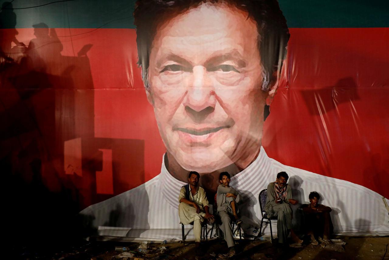 Promises, promises, Imran Khan raises Pakistani hopes sky high - Reuters