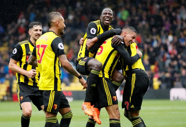 Chelsea, Watford keep 100 percent records | Article [AMP] | Reuters