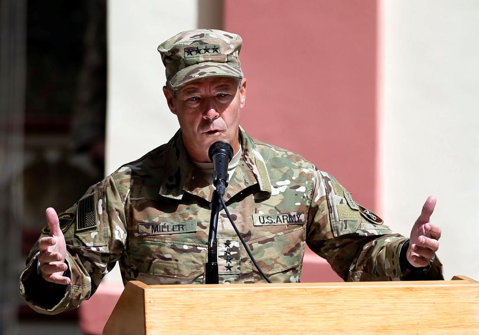 New U S  general arrives in Afghanistan with peace still distant