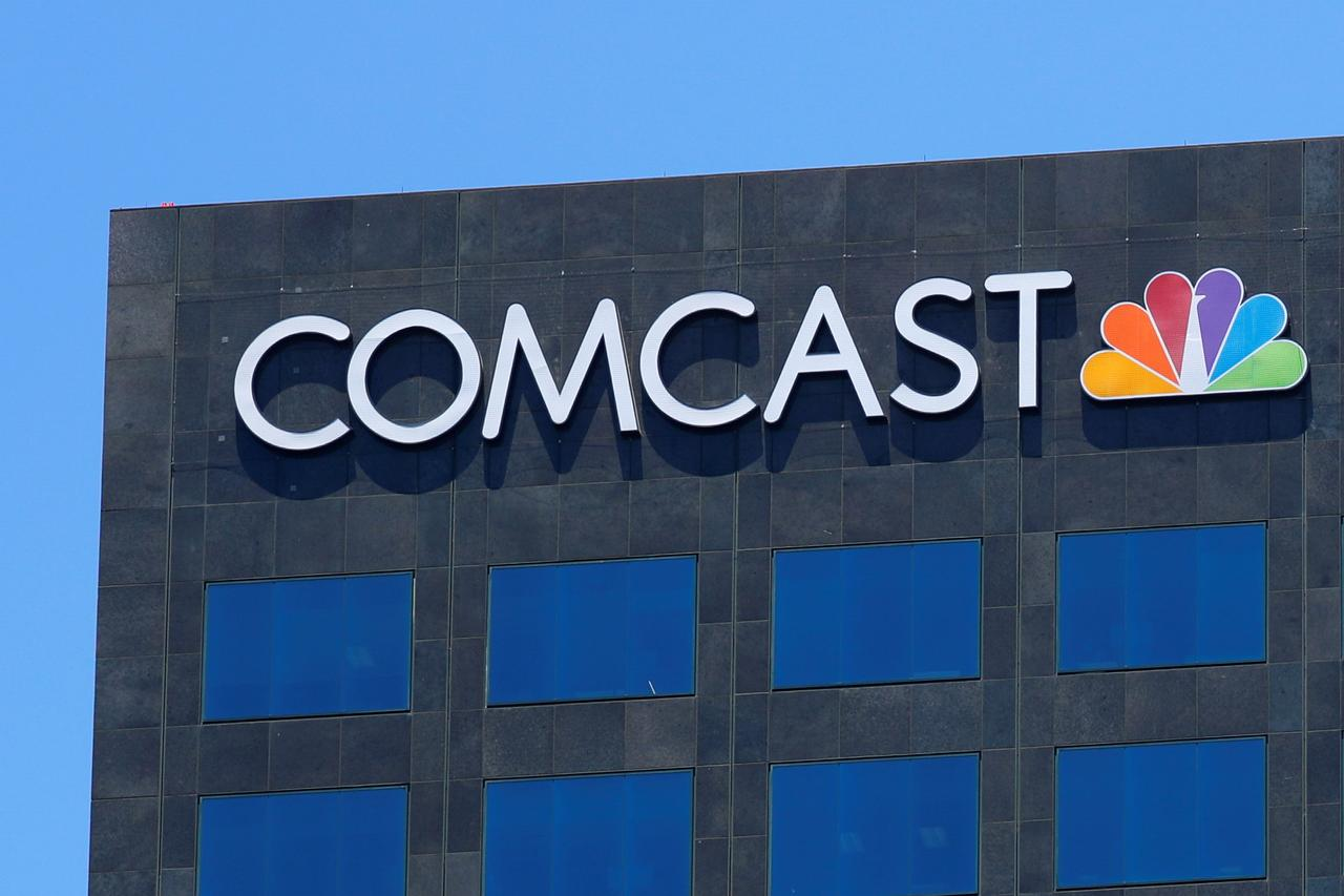 comcast and fox take 34 billion battle for britain s sky to the