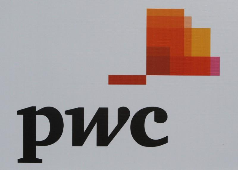 Fragomen says in deal with PwC, others for immigration