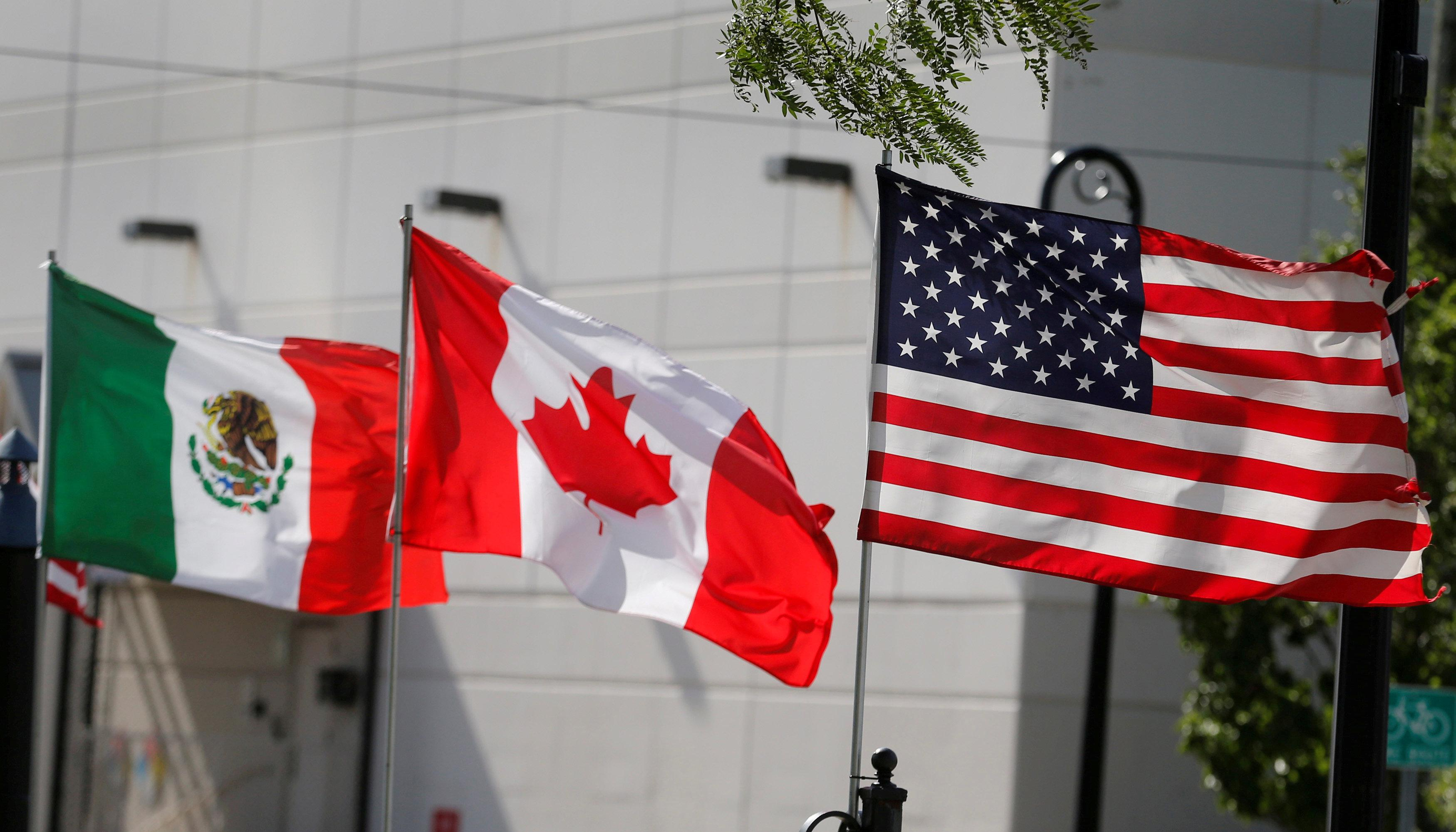 Trump Hails Canada Mexico Trade Pact As Win For Us Workers Reuters