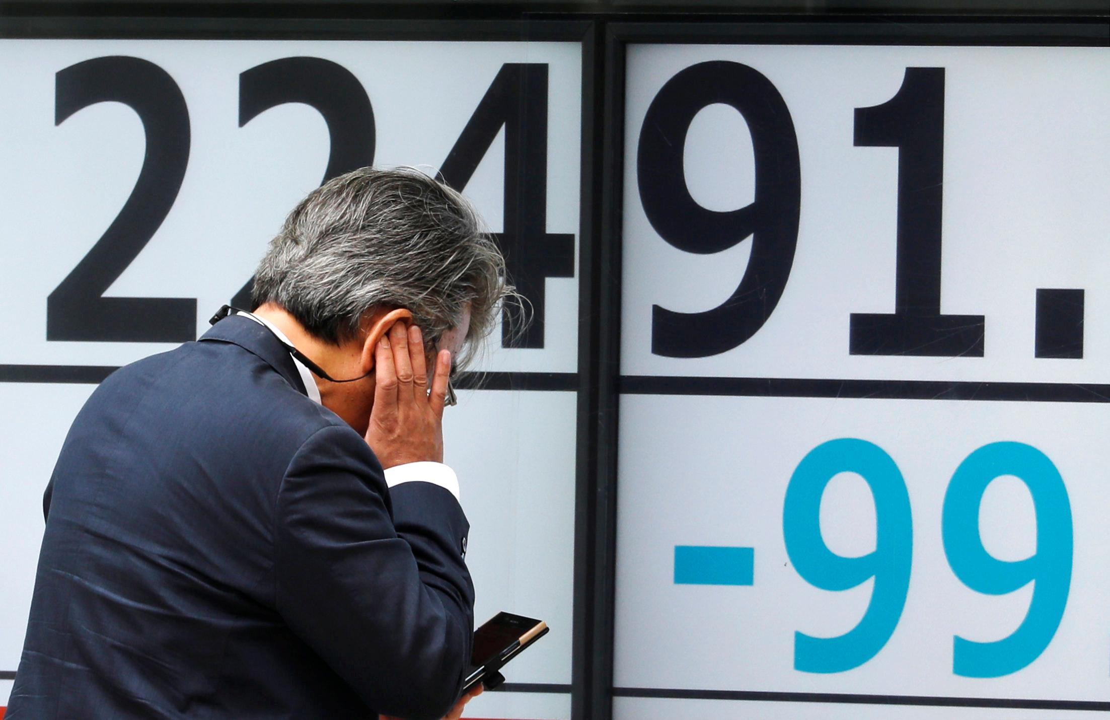 World Shares Bounce after Rout, set for Worst week since February
