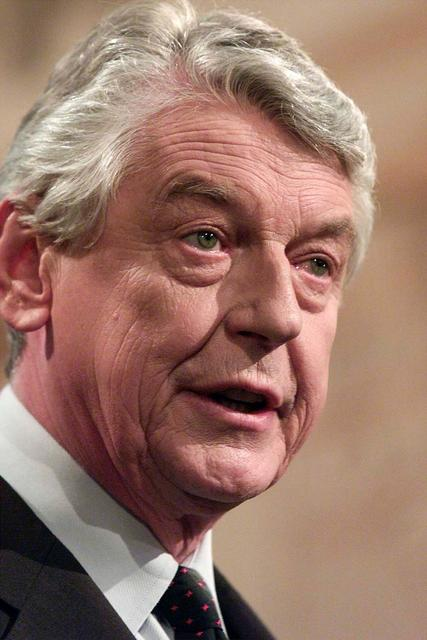 Former Dutch Prime Minister Wim Kok Dies At 80 Reuters