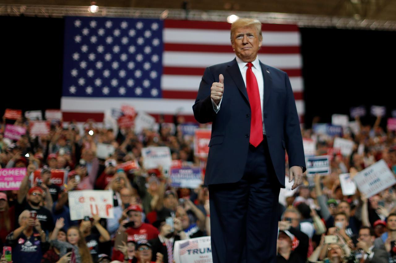 接戦続く米中間選挙、トランプ氏広告をメディアが放送停止 - ロイター