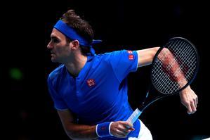 Smooth Federer puts troubled start behind him
