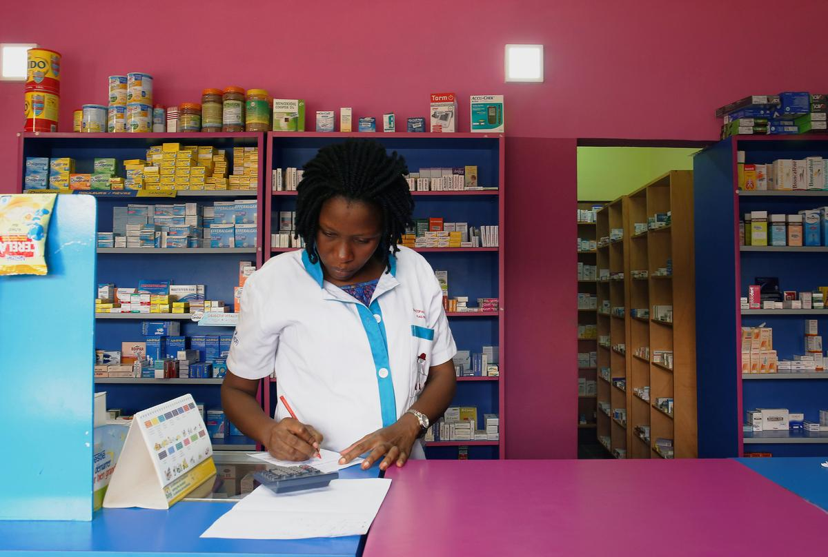 Tens of thousands die in Africa each year due to fake drugs - Reuters