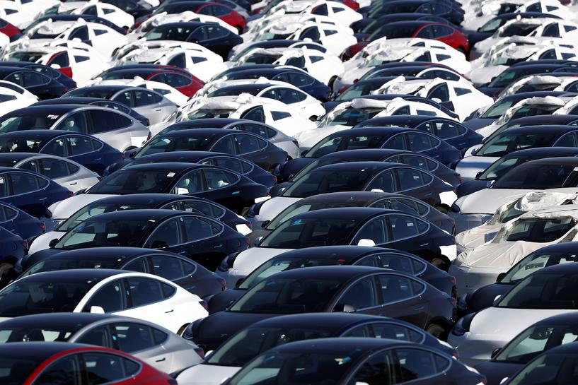 reuters.com - Reuters Editorial - Tesla starts Model 3 orders in China