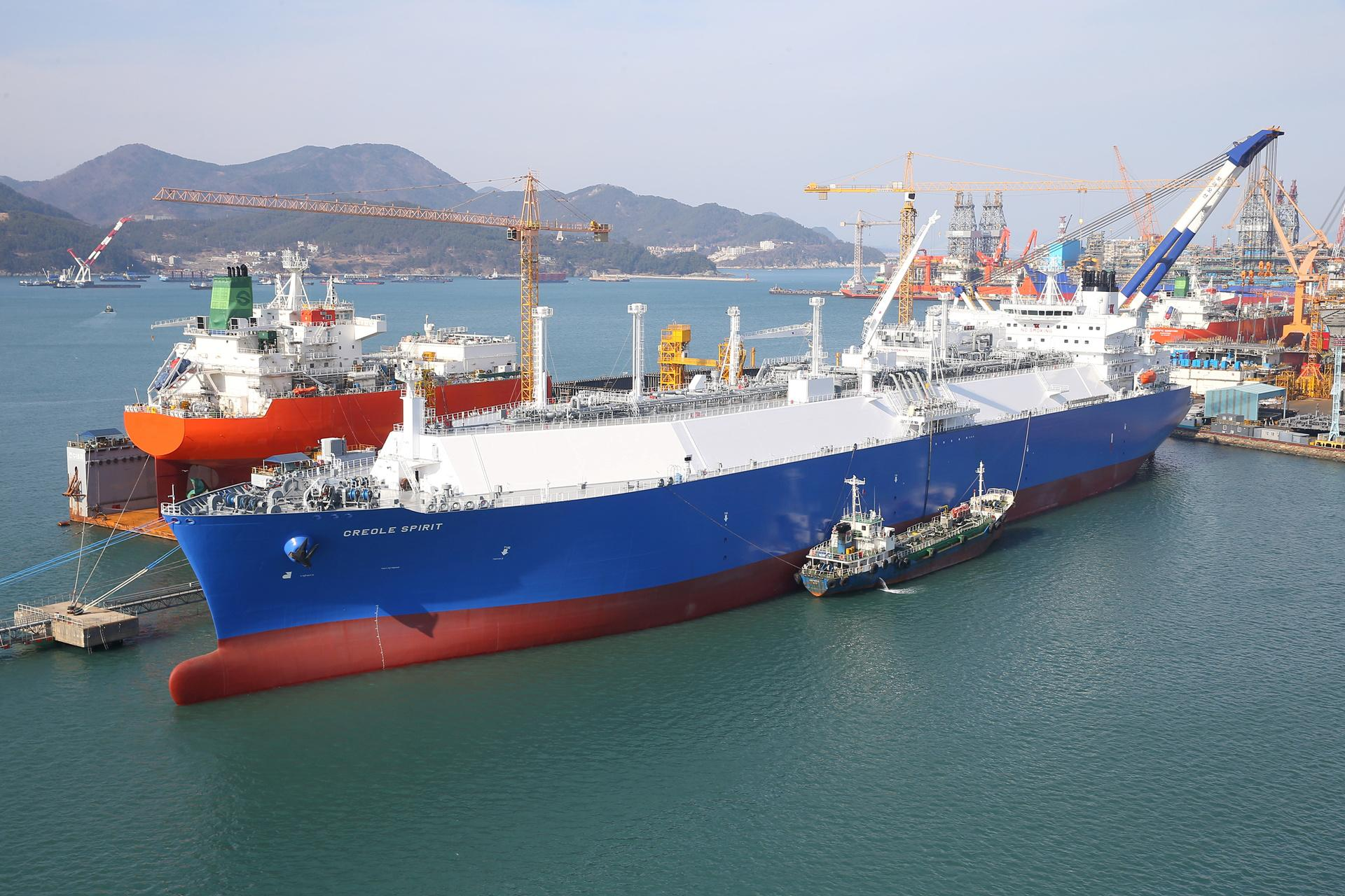 South Korean shipbuilders' lock on LNG tanker market to hold for