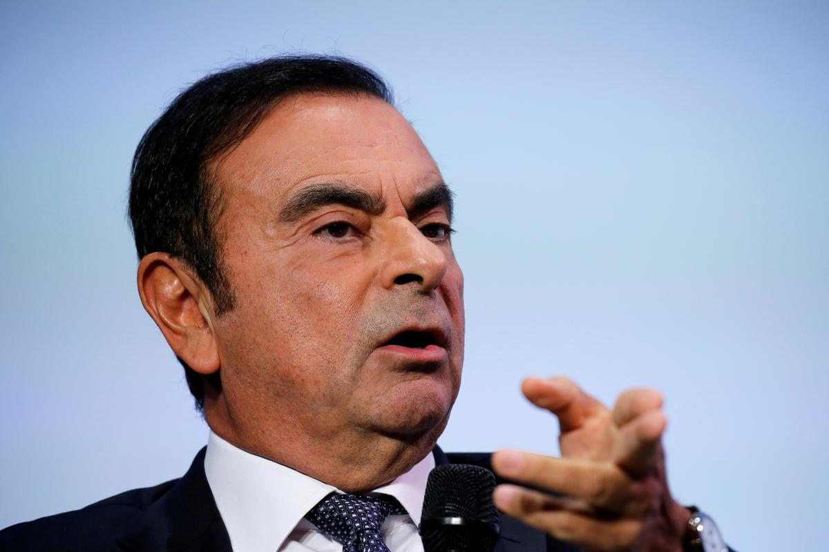 explainer what misconduct is nissan 39 s ghosn accused of. Black Bedroom Furniture Sets. Home Design Ideas
