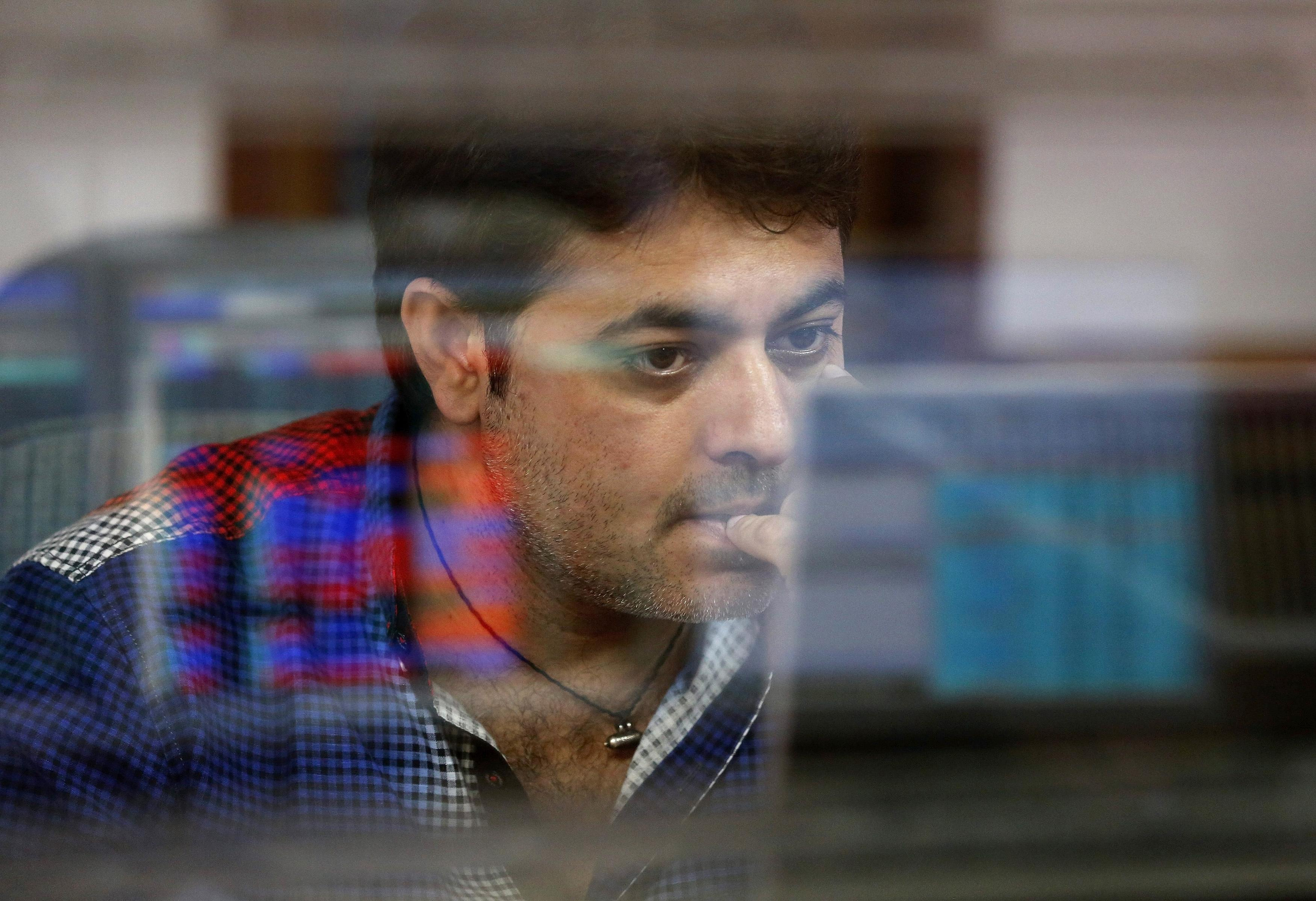 Nifty, Sensex jump nearly 1 percent