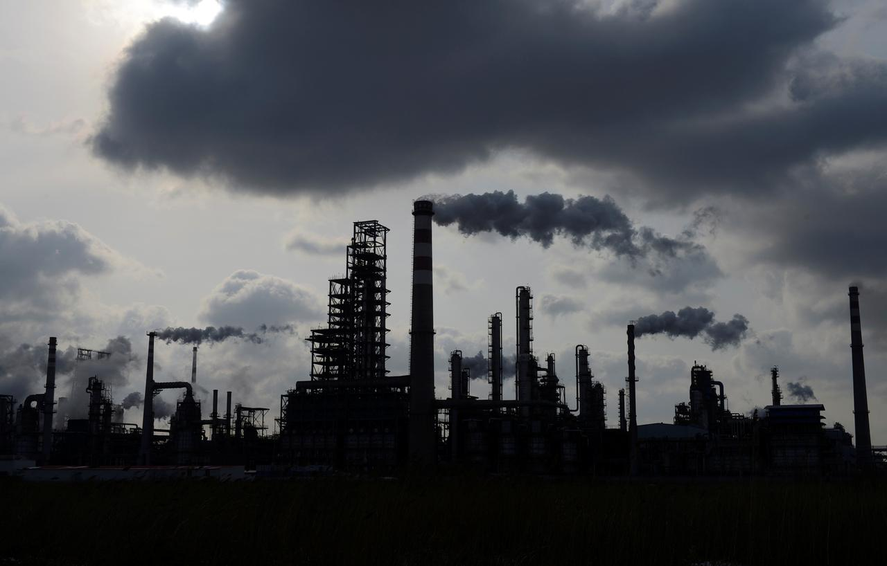 Contender: Saudi Arabia nabs new China oil demand, challenges